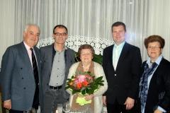 Wir gratulieren Frau Hermine Schestag zum 90. Geburtstag.