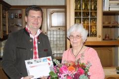 Wir gratulieren Frau Hermine Hafner zum 80. Geburtstag.