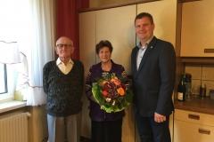 Wir gratulieren Martina und Franz Tuitz zur Diamantenen Hochzeit.