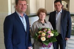 Wir gratulieren Frau Ingeborg Riedmüller zum 80. Geburtstag.