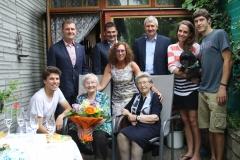 Wir gratulieren Frau Emma Nedomansky zum 90. Geburtstag.